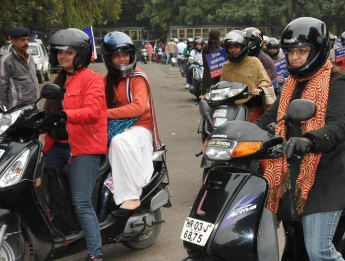 women helmets chandigarh